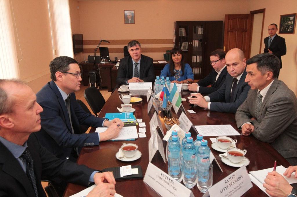 Казахстан планирует значительно нарастить товарооборот с Башкортостаном