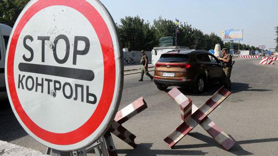 Премьер-министр РК Аскар Мамин предложил особый режим для возвращающихся казахстанцев и россиян