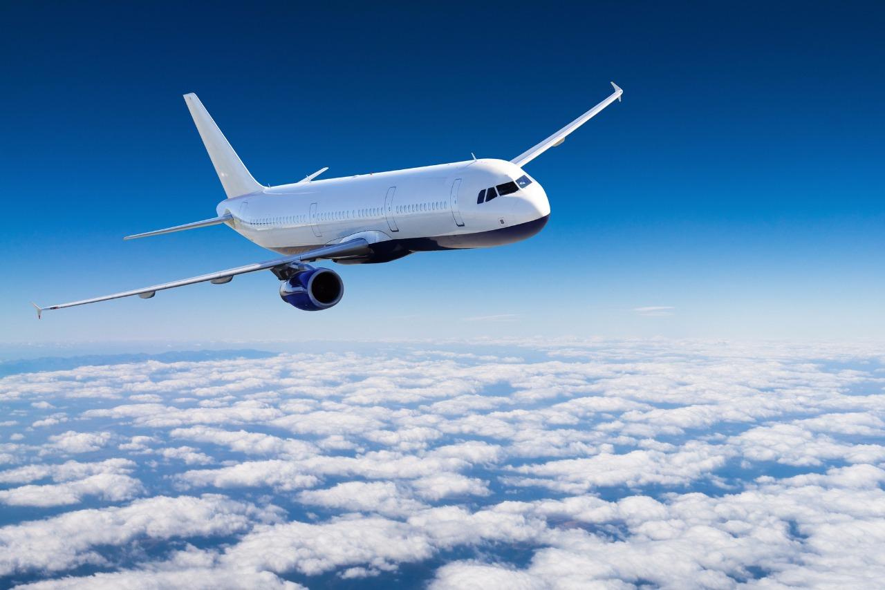 Казахстанцам разрешен въезд в Россию без ограничений только на самолете