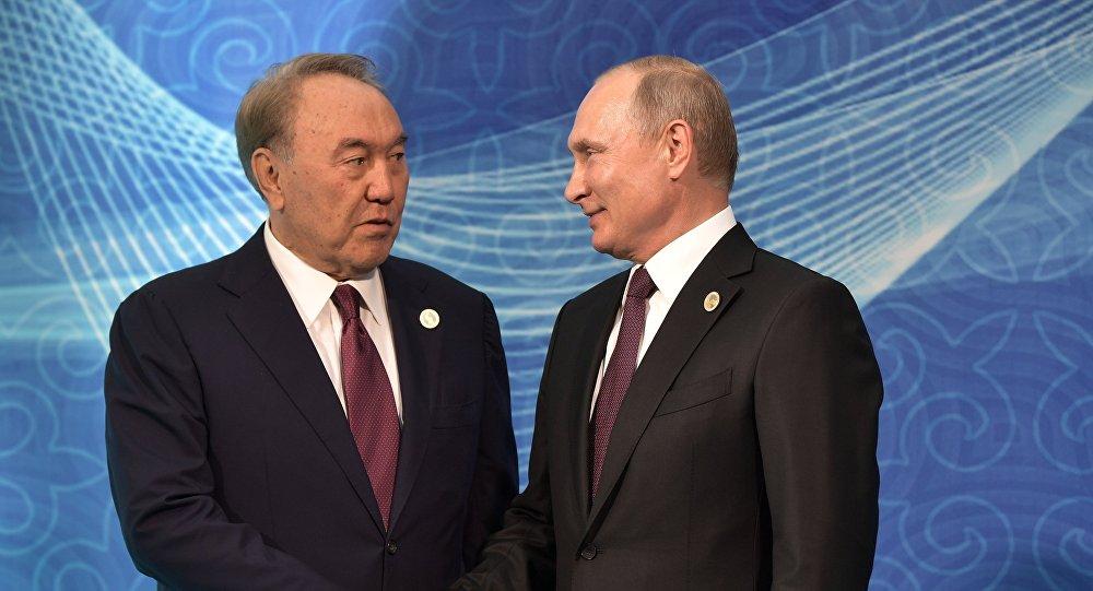 Елбасы провел телефонный разговор с Президентом РФ Владимиром Путиным