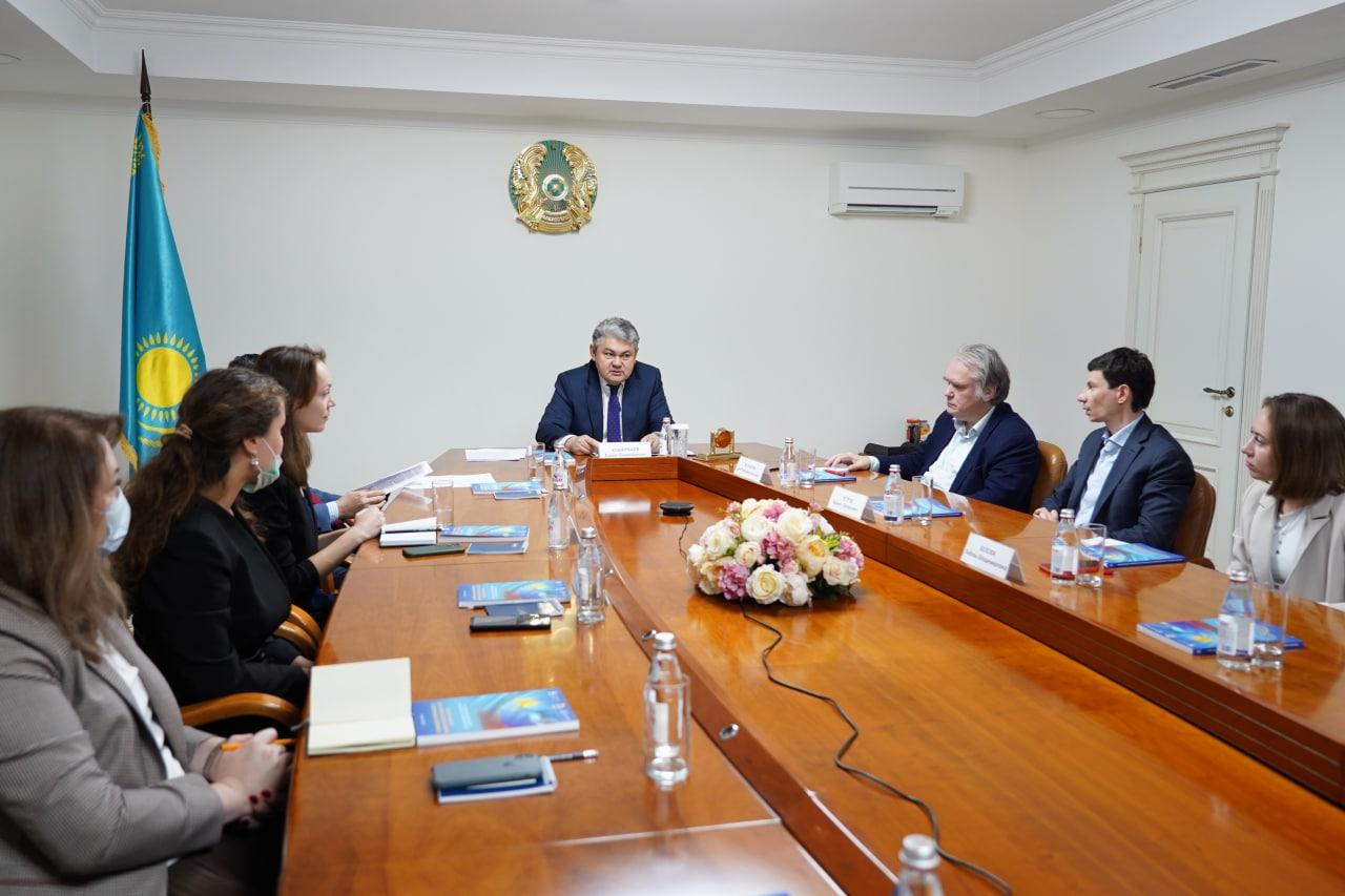 Российские эксперты в Москве обсудили Послание Президента народу Казахстана