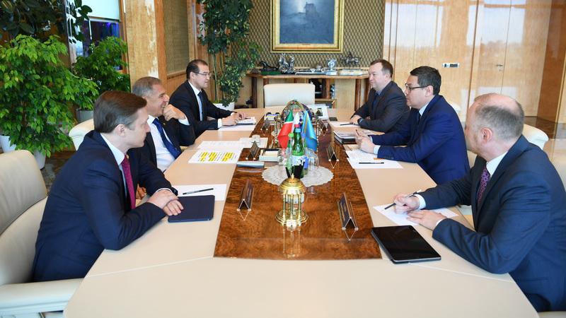 Президент Республики Татарстан встретился с Генеральным консулом Республики Казахстан в г. Казани