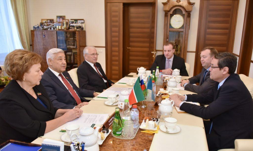 Генконсул Республики Казахстан в Казани  встретился с Председателем Государственного Совета Республики Татарстан