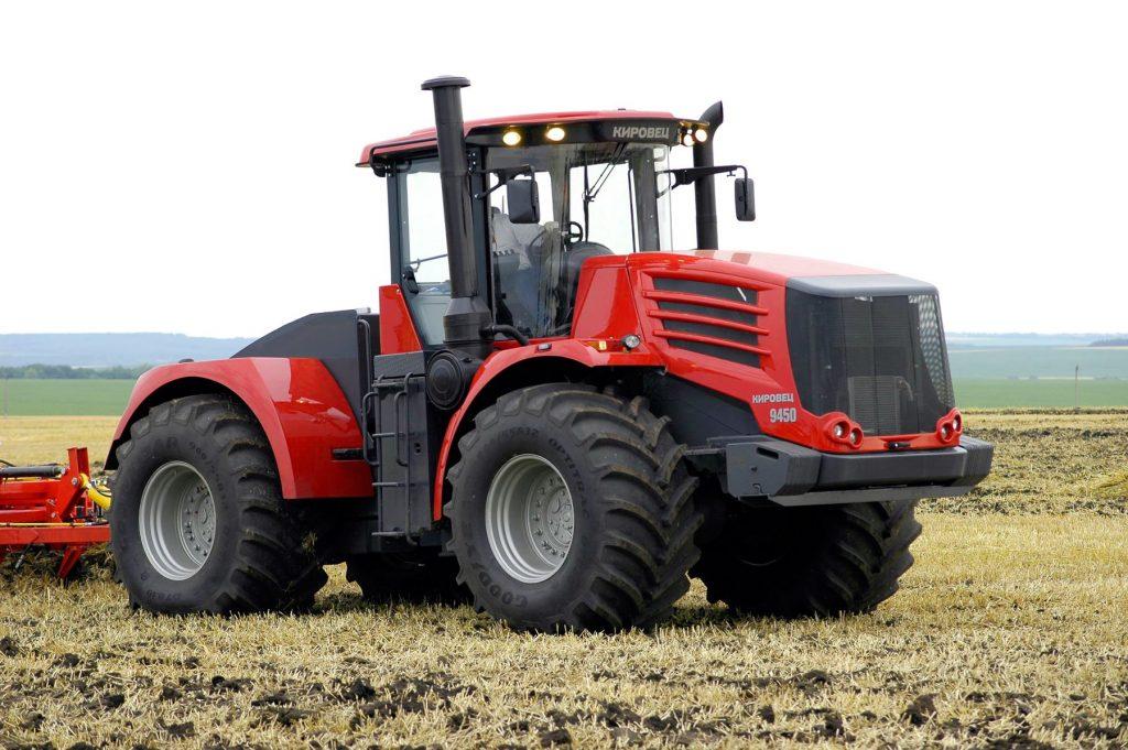 """Российский трактор """"Кировец"""" будут собирать из казахстанских комплектующих"""
