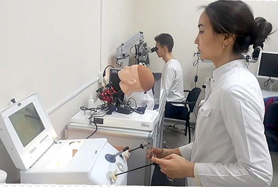 Молодые казахстанские медики прошли стажировку в Тюмени