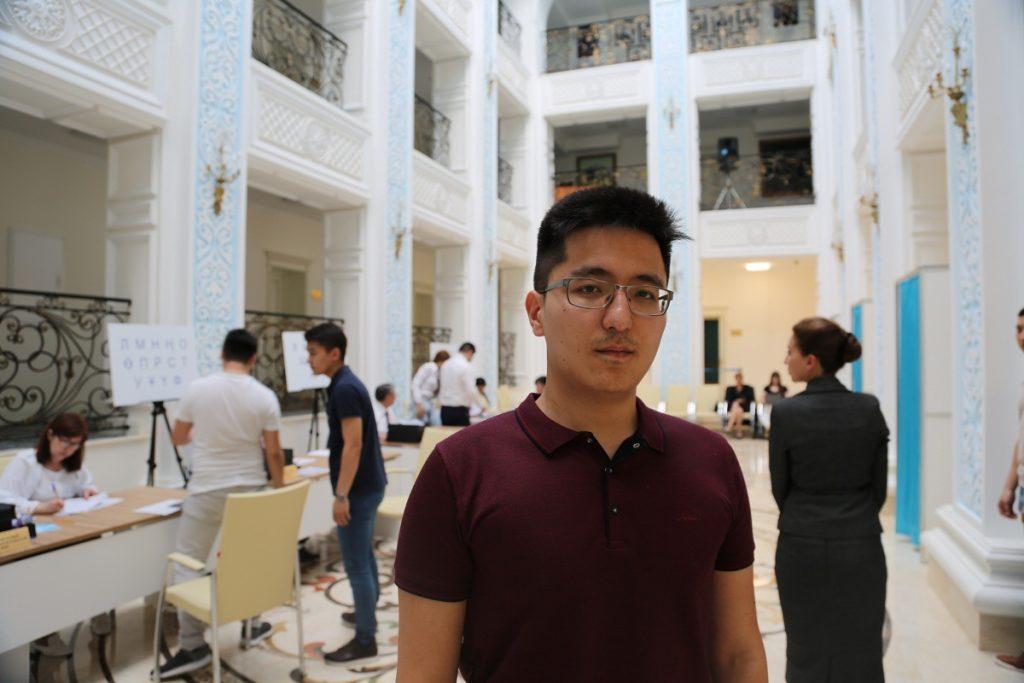 Независимый наблюдатель отметил доброжелательную атмосферу на выборах в Посольстве