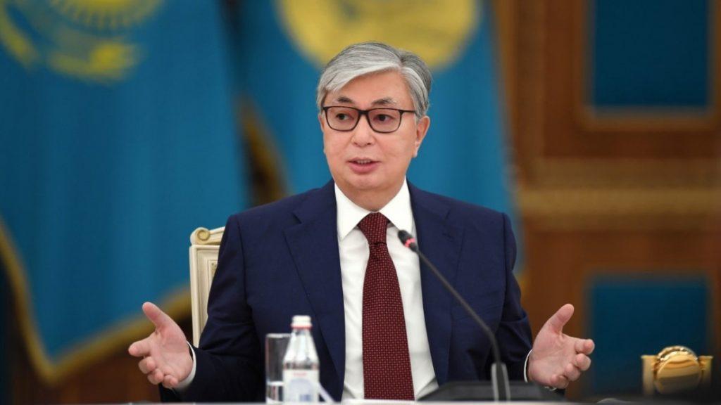По данным Exit-poll, Токаев побеждает на выборах с 70% голосов