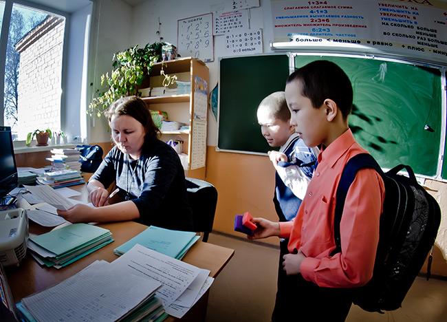 Челябинских чиновников поразил слёт сельских школьников IQanat в Нур-Султане