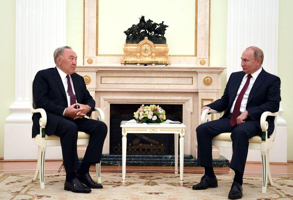 Елбасы провёл переговоры с Президентом РФ Владимиром Путиным