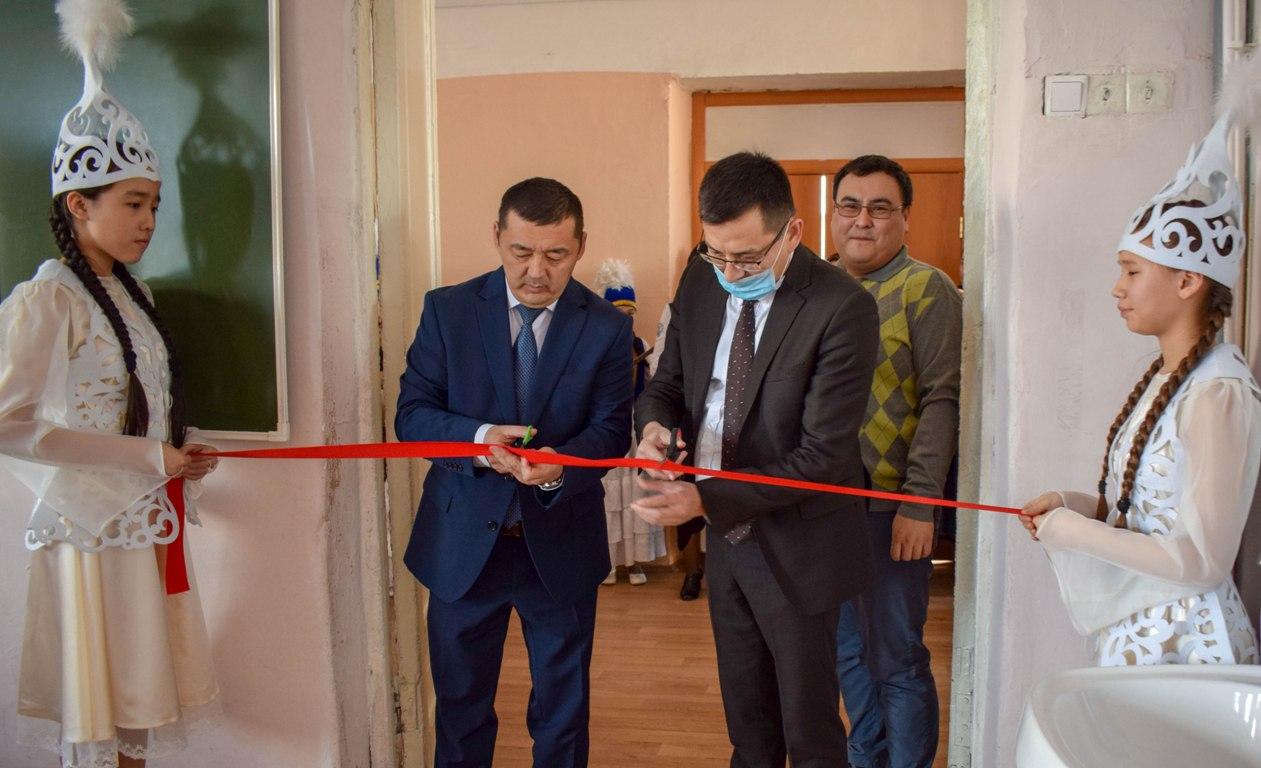 В омской школе открылся онлайн-класс