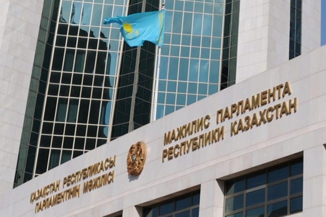 Президент Казахстана назначил выборы в Мажилис на 12 января